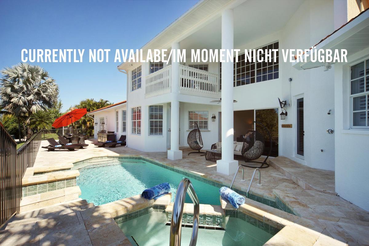 Awesome Luxus Villa Zu Vermieten In Florida Ferienhauser Zu Mieten Home Interior And Landscaping Spoatsignezvosmurscom